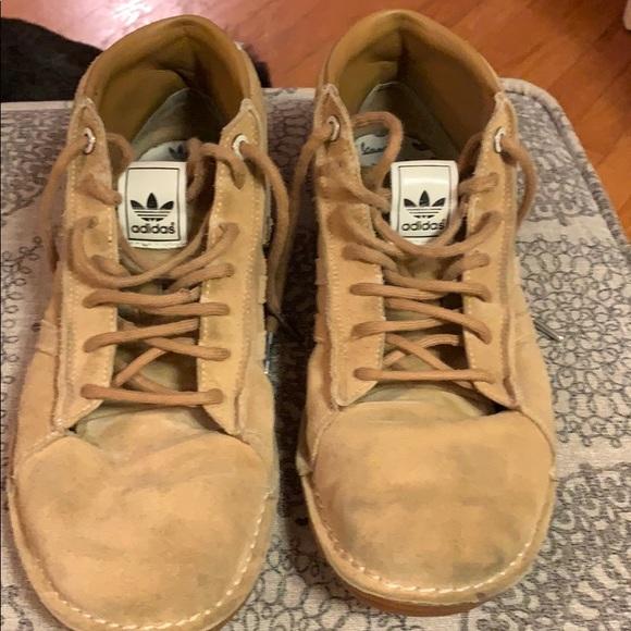 adidas Shoes | Vespa | Poshma