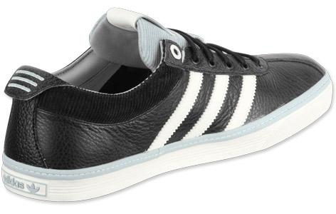adidas Vespa S shoes black/chalk/leg.silv