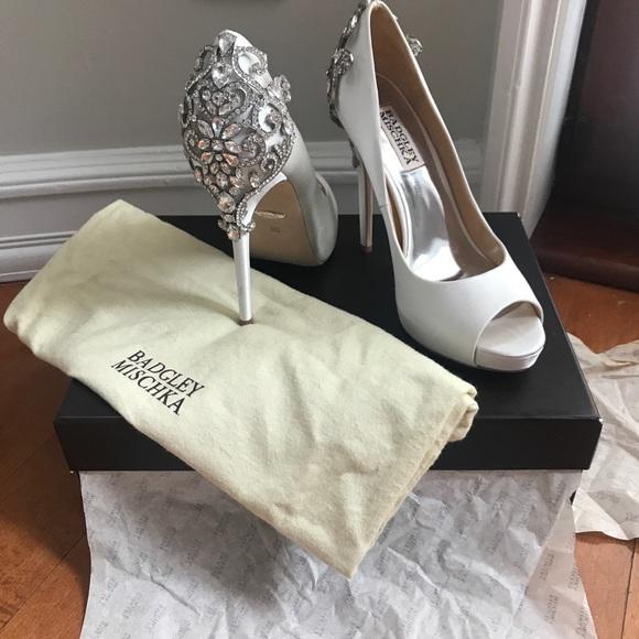 Badgley Mischka Shoes | Karolina Embellished Evening Shoe | Poshma