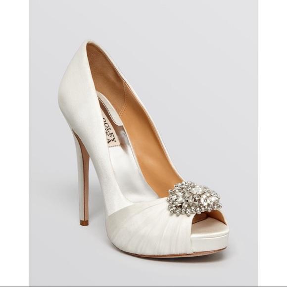 Badgley Mischka Shoes | White Peep Toe Rhinestone Heels 9 | Poshma