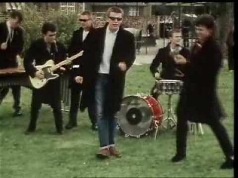 Madness - Baggy Trousers - YouTu