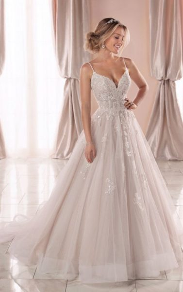 Spaghetti Strap V-neckline Ball Gown Wedding Dress With Beading .