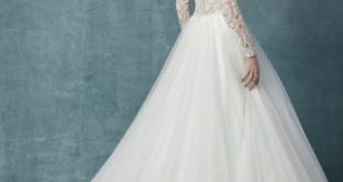 Long Sleeve Lace Tulle Ball Gown Wedding Dress | Kleinfeld Brid