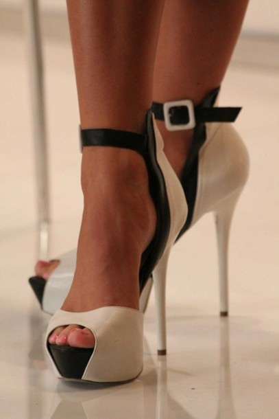 White And Black Heels With Ankle Strap | Fs He