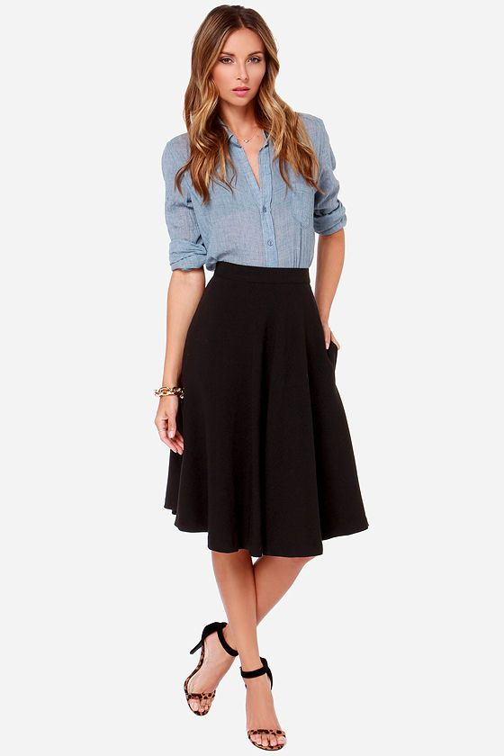 Contrary and yet combinable: midi skirts and streetwear | Fashion .