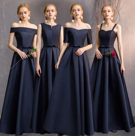 Modest / Simple Navy Blue A-Line / Princess Bridesmaid Dresses .