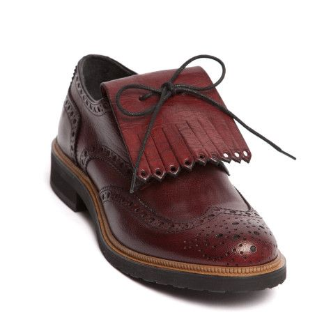 College Brogue shoes.. These were actually a fashion trend in the .