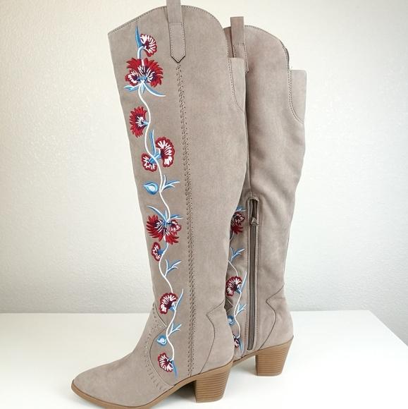 Carlos Santana Shoes | Sale Boots 75 Knee High Floral | Poshma
