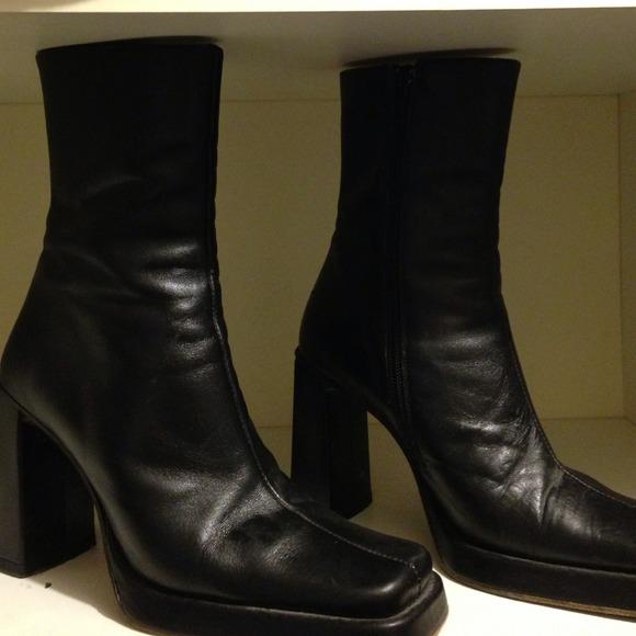 Charles David Shoes | Vintage Boots | Poshma