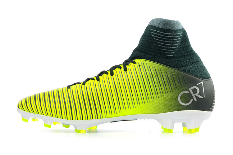2017 Nike Mercurial Superfly V CR7 Football Boots *In Box* Kids FG .