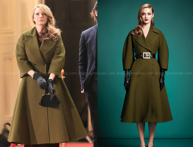 Adaline Bowman (Blake Lively) wears this green oversized double .