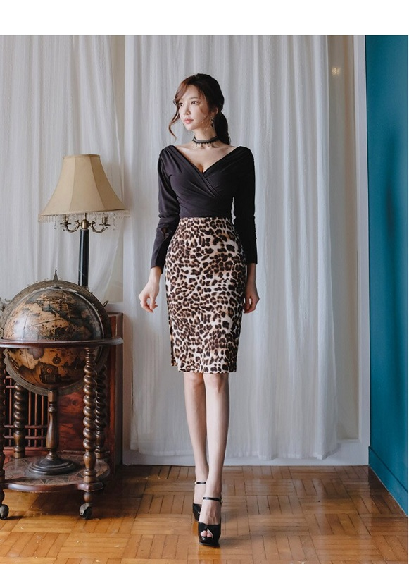 sexy v neck blouse + high waist leopard skirts suit bandage .