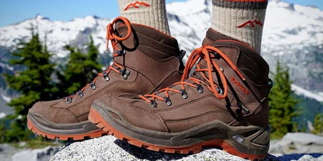 Best Hiking Boots of 2020 | Switchback Trav