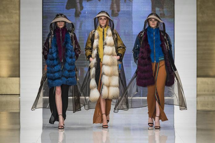 TheOneMilano / Great Success for the Italian Fashion Night .