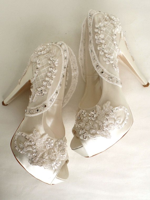 Bling Wedding Shoes, Ivory Bridal Shoes with Rhinestones in 2020 .