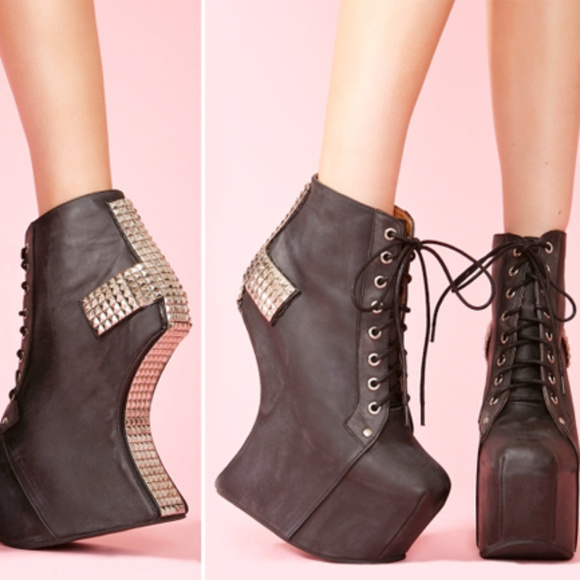 Jeffrey Campbell Shoes | Holy Studded Cross Boots | Poshma