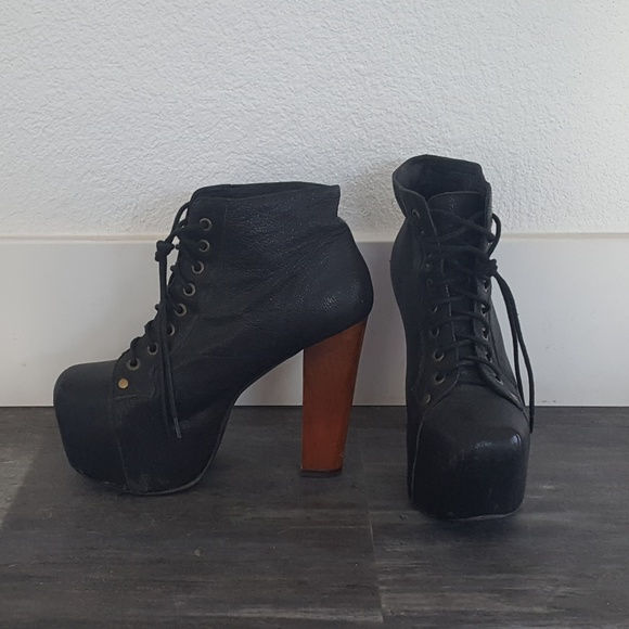 Jeffrey Campbell Shoes | Matte Black Lita Bootie | Poshma