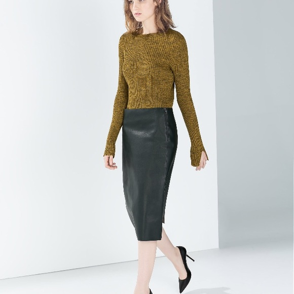 Zara Skirts | Faux Leather Pencil Skirt Green | Poshma
