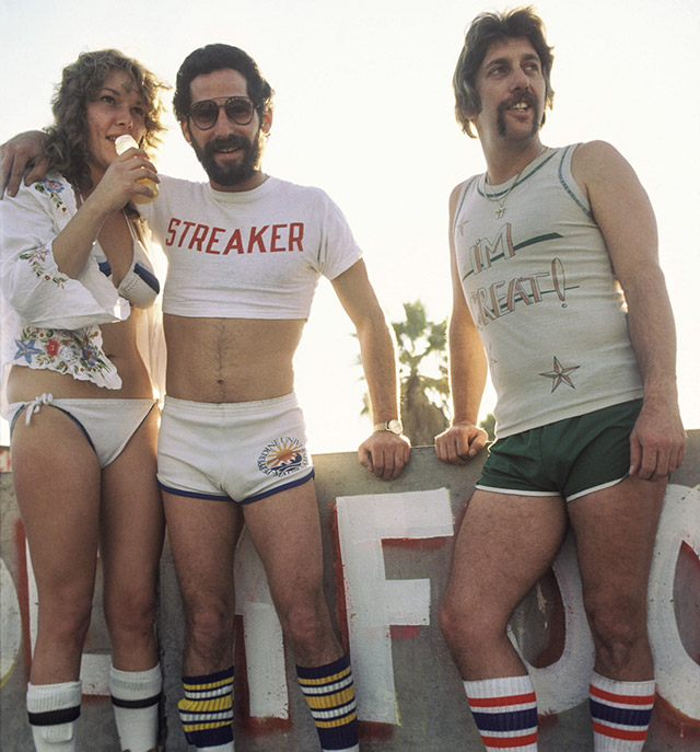 How Men Wore Shorts In The 1970s | DeMilk
