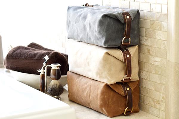 Tips on Choosing the Best Wash Bag for Men - Cool Men Style 20