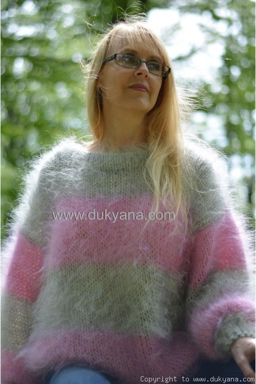 Oversized slouchy mohair sweater soft crewneck striped jumper in .