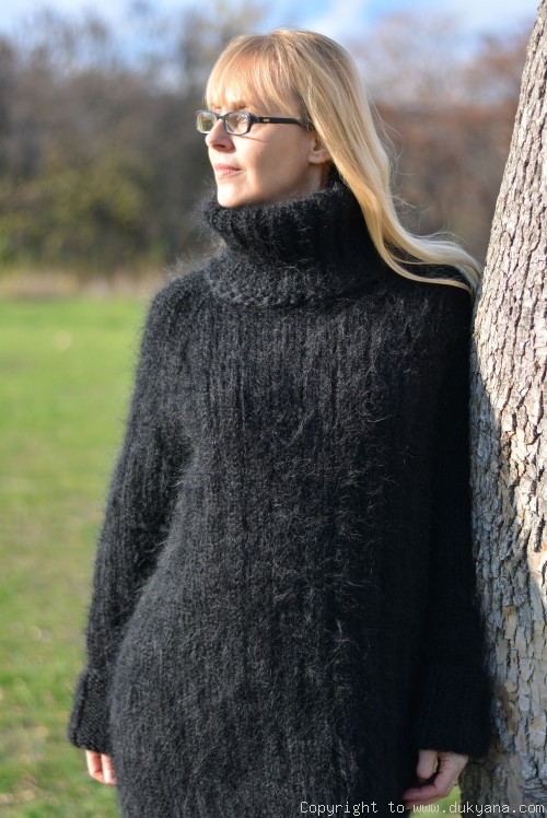 That is why mohair sweaters are so popular with women – ChoosMeinSty