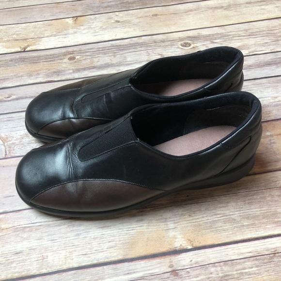 Munro Shoes | Leather Brown Black Slip Ons Clogs | Poshma