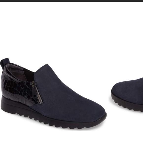 Munro Shoes | Kit Loafer | Poshma