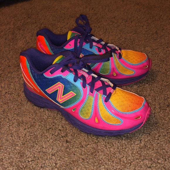 New Balance Shoes | 890 V3 Size 4y 6w Colorful Running | Poshma