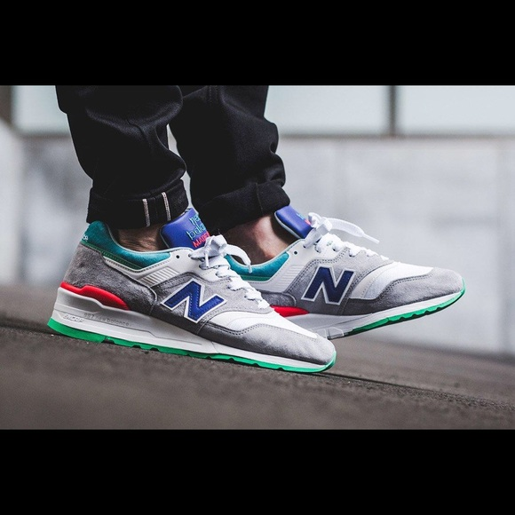 New Balance Shoes   997 Sneakers Mens 55 Or Womens 75   Poshma