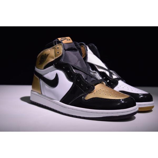 """Nike Air Jordans 1 RETRO HIGH OG """"GOLD TOE"""" women sho"""