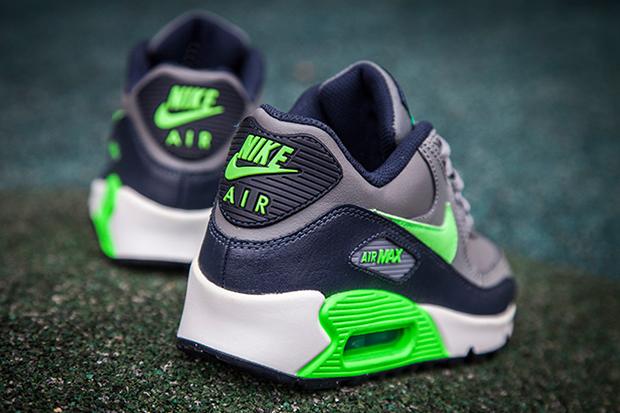 "Nike Air Max 90 ""Seahawks"" For Kids - SneakerNews.c"