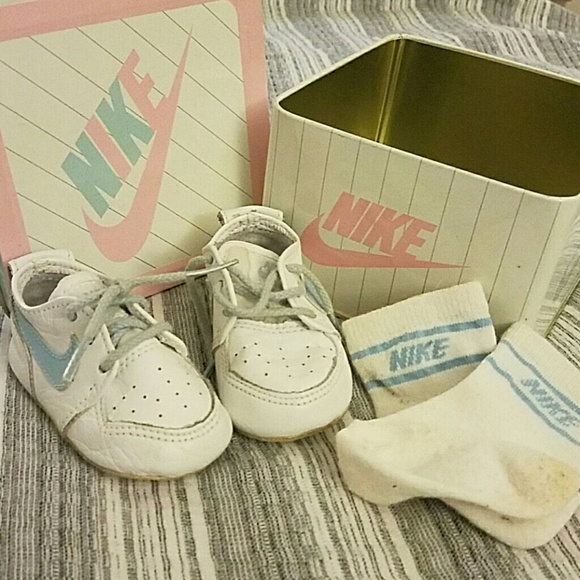 Nike Shoes | Baby 1986 Swoosh Tin Socks | Poshma