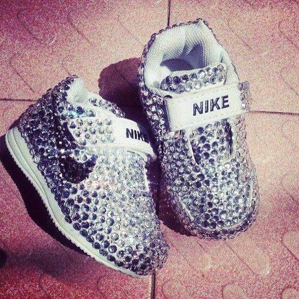 10 Nike Baby Shoes To Buy For Your Princes