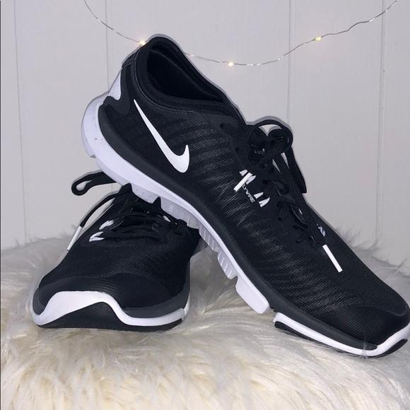 Shoes | Nike Flywire Training Shoe | Poshma