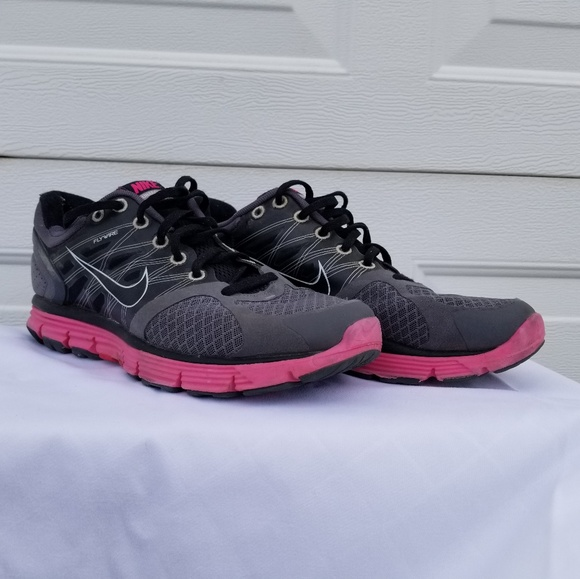 Nike Shoes | Flywire | Poshma