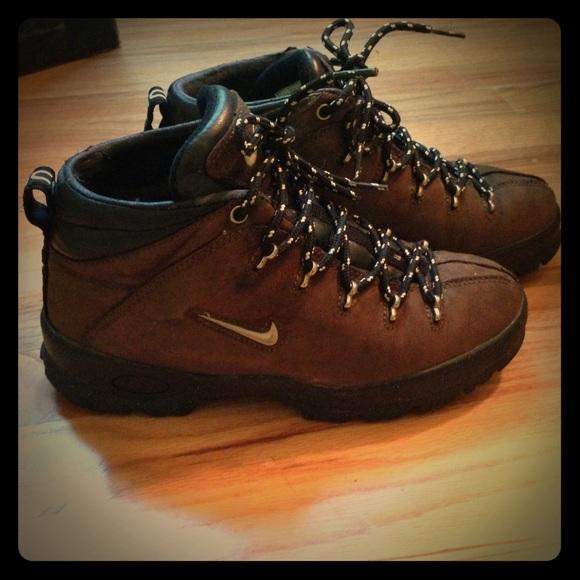 Nike Shoes | Boys Acg Hiking Boots Sz 6y 6 Y | Poshma