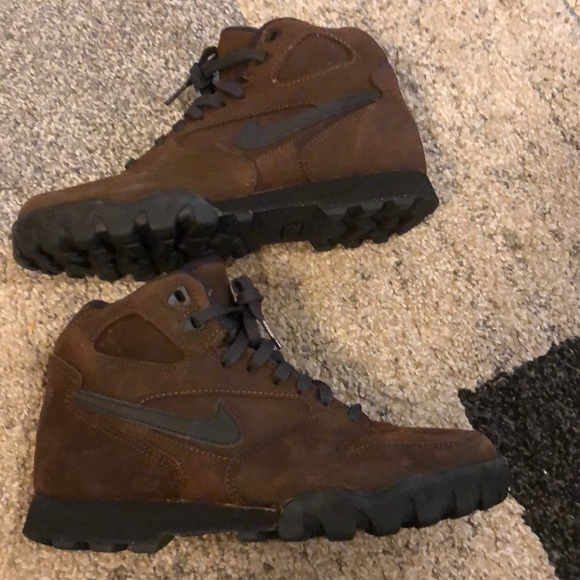 Nike Shoes | Hiking Boots In Very Good Condition Size 8 | Poshma