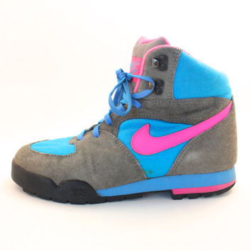 Vintage Retro Women's Nike Lava Dome Neon from VintageWestC
