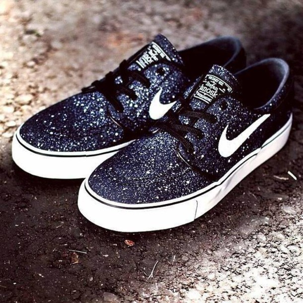 shoes, nike sb, nike sb, black and white, galaxy print, nike .