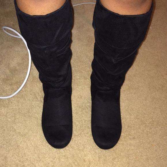 Rampage Shoes | Black Faux Suede Boots | Poshma