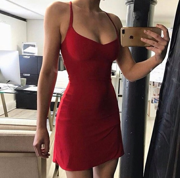 Red Party Dresses Tumb