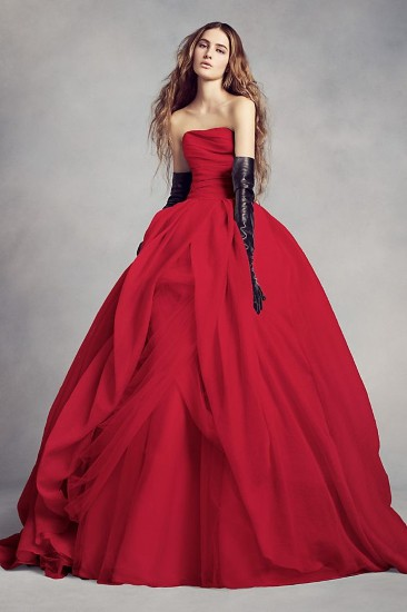 5 Romantic Red Wedding Dresses - Yes, you can wear red down the aisl