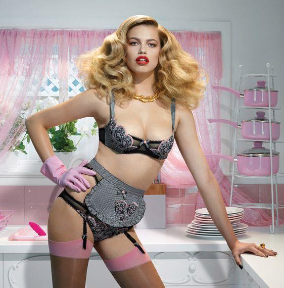 Stepford Wife Lingerie Shoots : retro lingerie styl