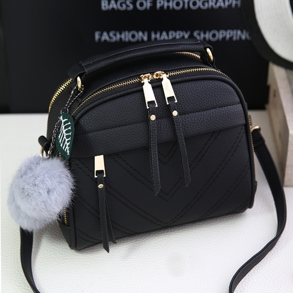 Women Fashion Vintage Adjustable Messenger Bags Spring / Summer .