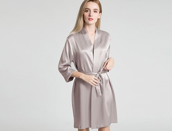 Are silk robe comfortab