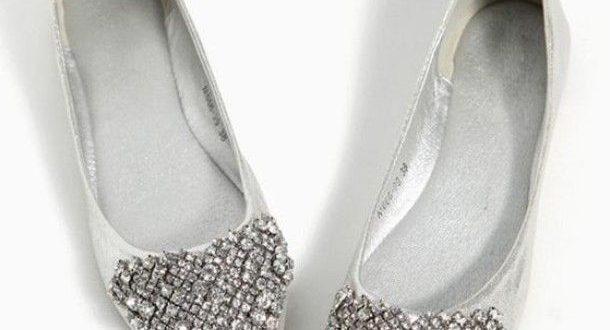 bridal flats - Google Search | Gold wedding shoes flats, Wedding .