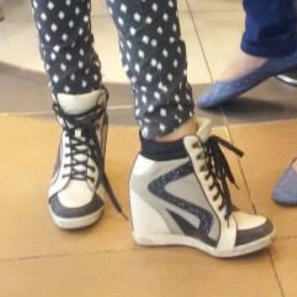 Bamboo Shoes | Sexy Sneaker Heels | Poshma