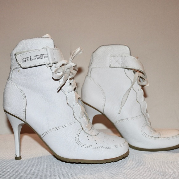 Bakers Shoes | Tomahawk Sporty Classic White Sneaker Heels | Poshma