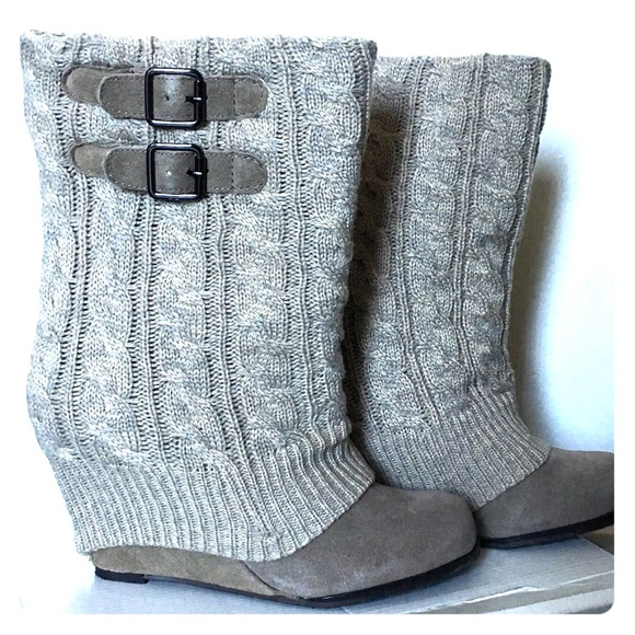 Steve Madden Shoes | Sweater Boots | Poshma